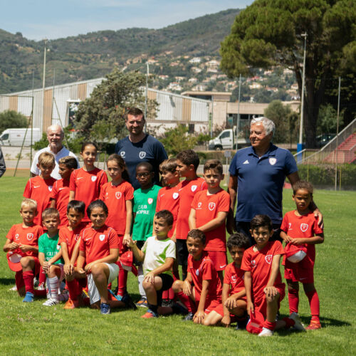 Soccer courses for children not going on holidays in summer